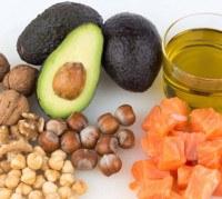 fats-amanda-byram-health-reviews-600x536